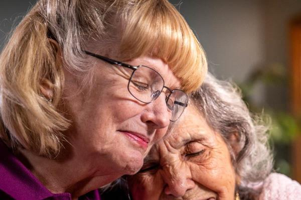 Home Instead CAREGivers provide in home senior care & personalized elder care in Burnaby, BC